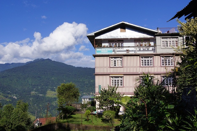Traveltoexplore - Pelling hotels